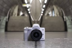 EOS_M50_Ambient_White_Station