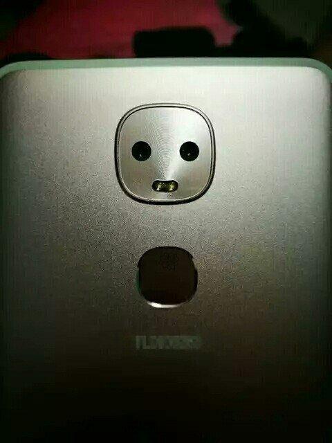 LeTv Le Max 2 Pro 4