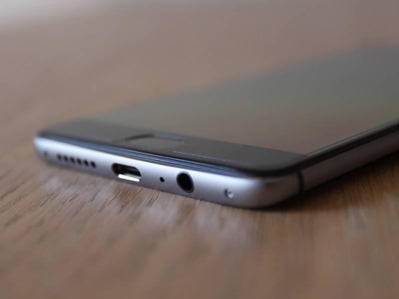 OnePlus 3 rosso